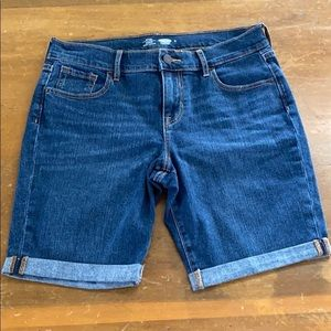 Old Navy Fitted Womens Denim Shorts Sz 6